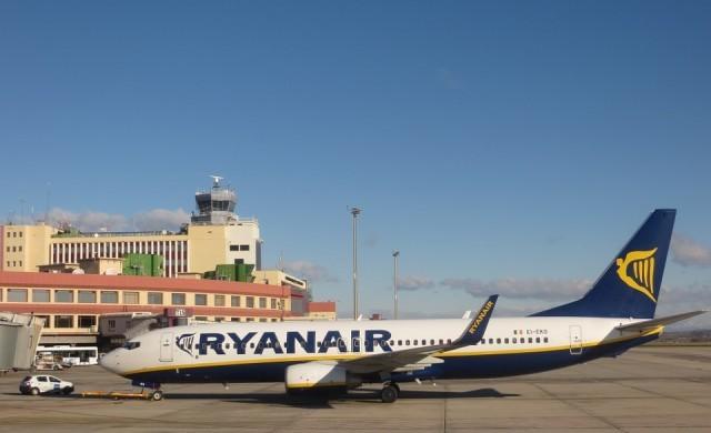 Ryanair спира почти всички полети