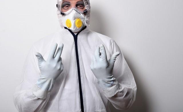 Бивш полицай зарази с коронавирус 22 медици в болница