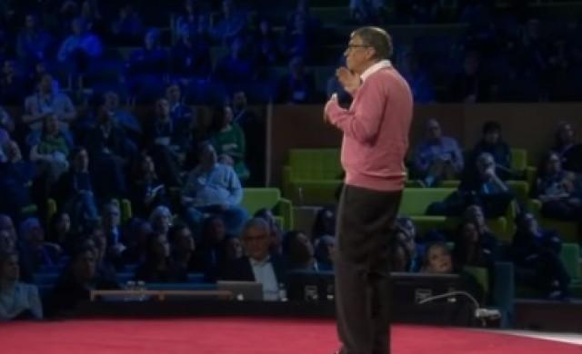 Бил Гейтс прогнозира със смразяваща точност вируса през 2015 г.