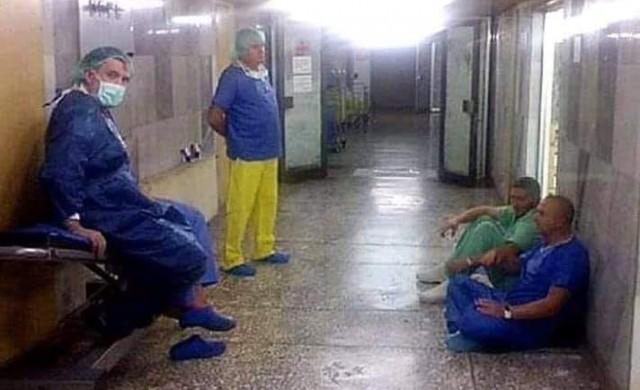 Историята зад снимката на ген. Мутафчийски в коридора на ВМА