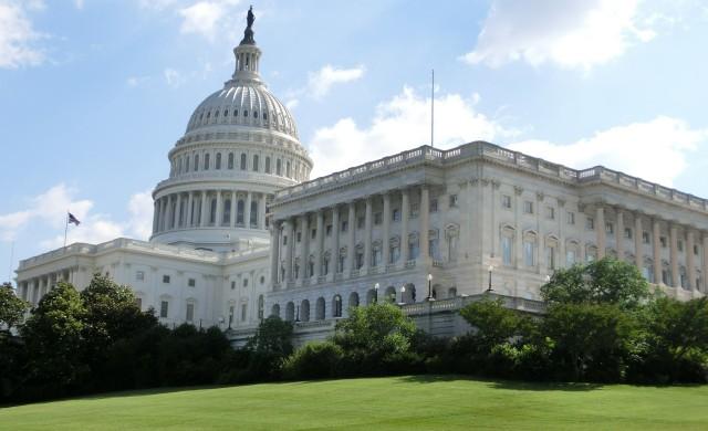 Сенатът на САЩ одобри стимули за 2 трилиона долара
