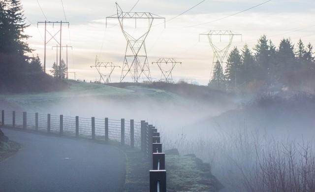 Цената на тока без промяна от 1 април, въпреки по-евтиния газ