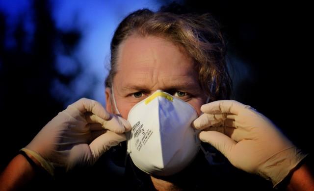 Защо в някои страни хората носят маски, а в други не?