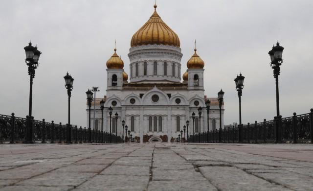 Руският патриарх Кирил призова вярващите да се молят от вкъщи
