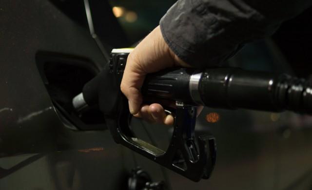 Прокуратурата сезира КЗК за ценита на горивата у нас