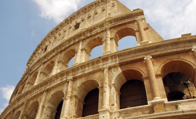 Най-голямото Lego в историята - Колизеумът в Рим