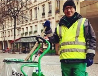 Уличният чистач, който стана звезда в TikTok
