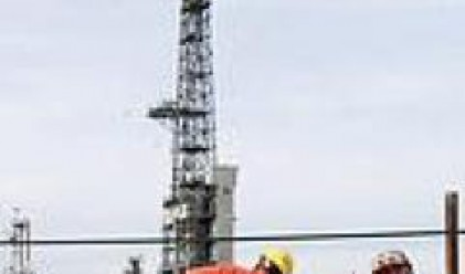 Цената на петрола с повишение, след силния му спад вчера