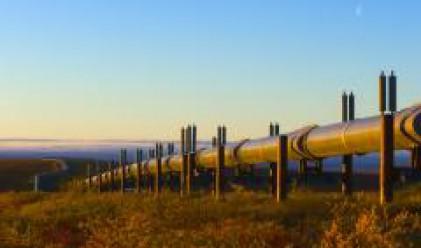 Петролът с повишение от над 3 долара след данните за запасите в САЩ
