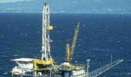 Петролът удари 112 долара за барел