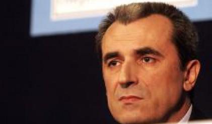 Орешарски: Ще сменяме бандеролите всяка година