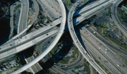 Станишев проверява работите по автомагистрала