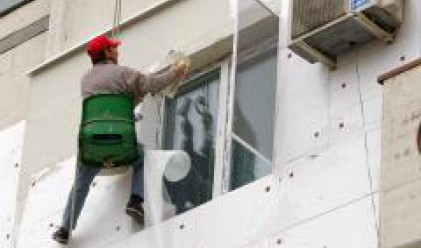 Експерти: В България 680 000 жилищни сгради се нуждаят от саниране