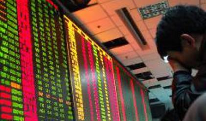 Китайският индекс Shanghai Composite е с 50% под върха си през октомври