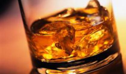 Бутилка уиски, ако НДСВ влезе в следващия парламент