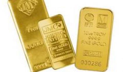 Златото спада до 3-месечно дъно, петролът също поевтинява