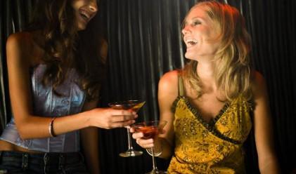 Умните жени са по-големи любителки на алкохола