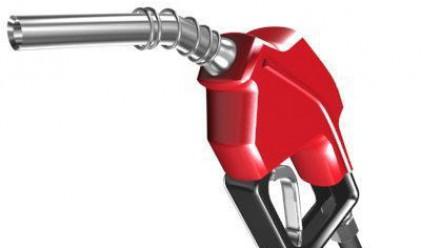 Производството на безоловен бензин скача с 35.5%