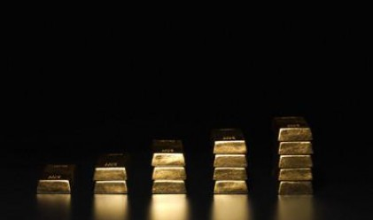 Златото поевтиня с над 1% поради гръцките проблеми