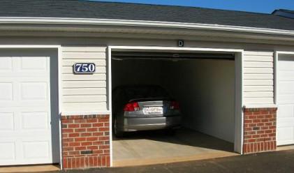 Новите гаражи неизползваеми