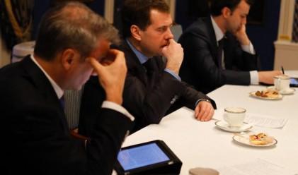 Дворкович: Приватизацията на Сбербанк няма да се забави