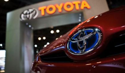 Toyota затваря заводите си в САЩ за неопределено време