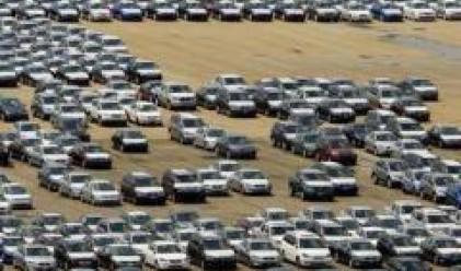 Купуваме със 17% повече леки автомобили