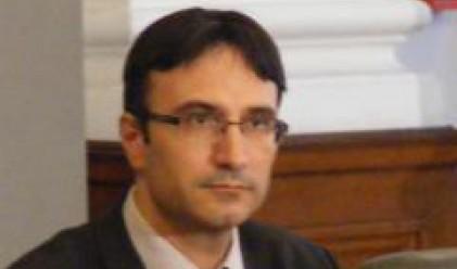 Трайков лаконичен за уволнението на шефа на НЕК