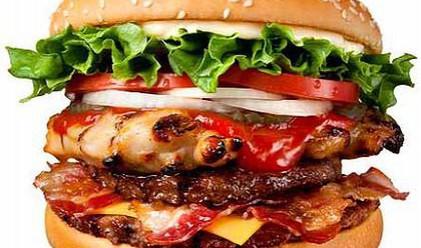 Burger King представи хиперкалоричния си сандвич