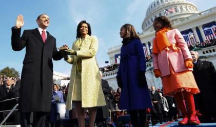 Семейство Обама са заработили 1.73 млн. долара за 2010 г.