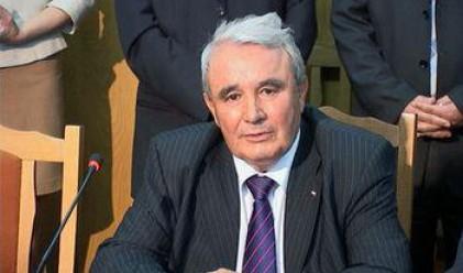 Комисията Кушлев стана Комисия Коларов