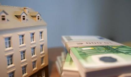 Кредитирането на бизнеса расте, спад при домакинствата