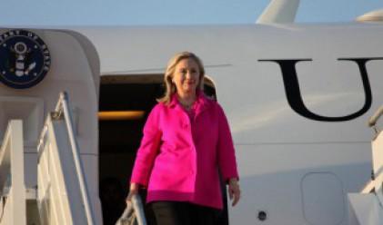Хилари Клинтън приветства България за отказа от АЕЦ Белене