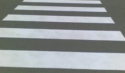 Повдигнати пешеходни пътеки в София ще намаляват скоростта с 15-20 км/ч