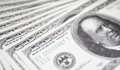 Йената и доларът поевтиняват спрямо основните валути