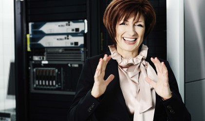 Саша Безуханова: Мерило за успеха е какво си направил за обществото