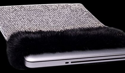 Диамантен калъф за лаптоп за 11 млн. долара