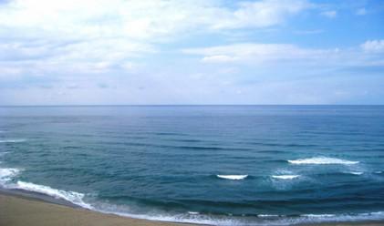Японско море остава