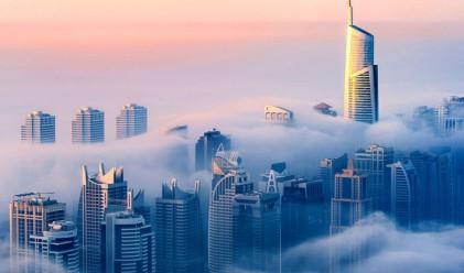 Невероятни снимки на Дубай от 85-ия етаж