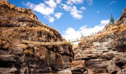 Последният оцелял въжен мост на инките