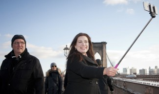 Уимбълдън забранява стиковете за селфи