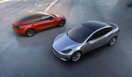 Tesla представи дългоочаквания Model 3