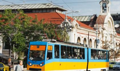 Всеки десети пътува гратис в градския транспорт