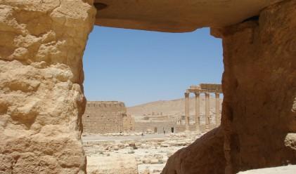Преди и след Ислямска държава: разтърсващи кадри от Палмира