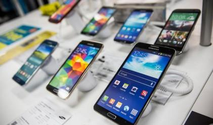 Колко често американците подменят смартфоните си?