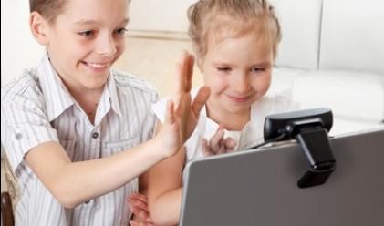 """Над 260 хил. деца в България растат със """"скайп родители"""""""