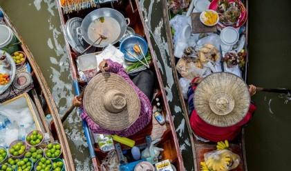 Невероятните плаващи пазари на Югоизточна Азия