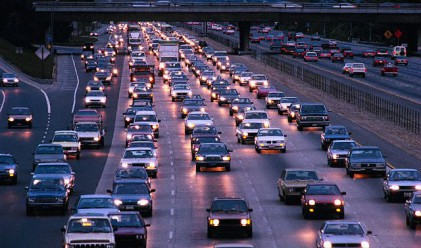 Над 200 000 автомобила напускат София днес