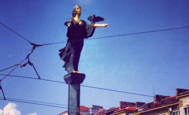 Един от символите на София тази седмица ще свети в зелено