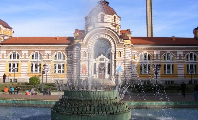 Пускат фонтаните в София